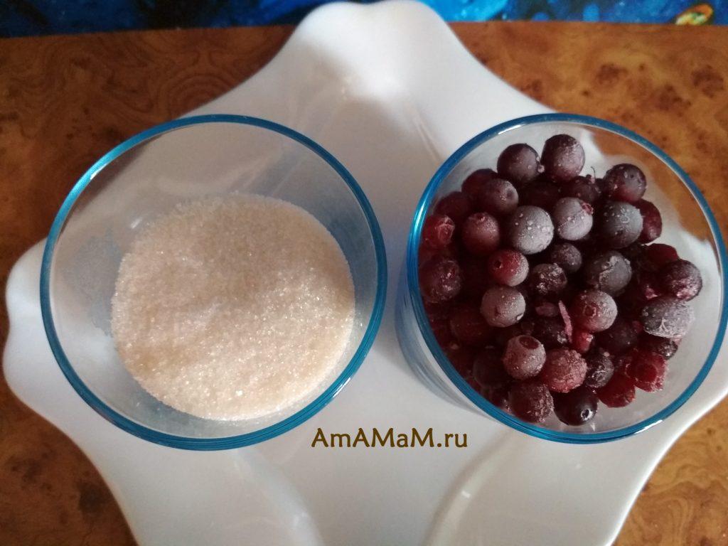 Сахар и ягоды