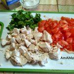 Нарезка фасоли в суп + курица и помидор