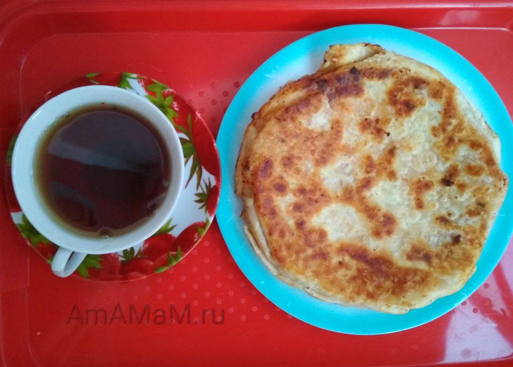 Пирог на плите без духовки из армянсокго тонкого лаваша и фарша