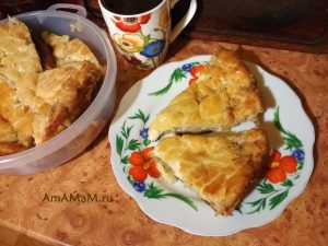 Майонезный пирог с начинкой из капусты