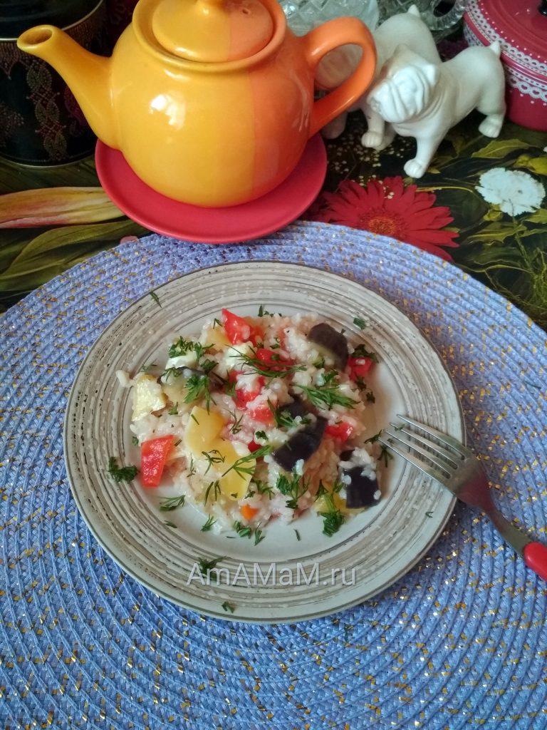 Рецепт тушеных патиссонов с баклажанами, перцем, помидором и рисом