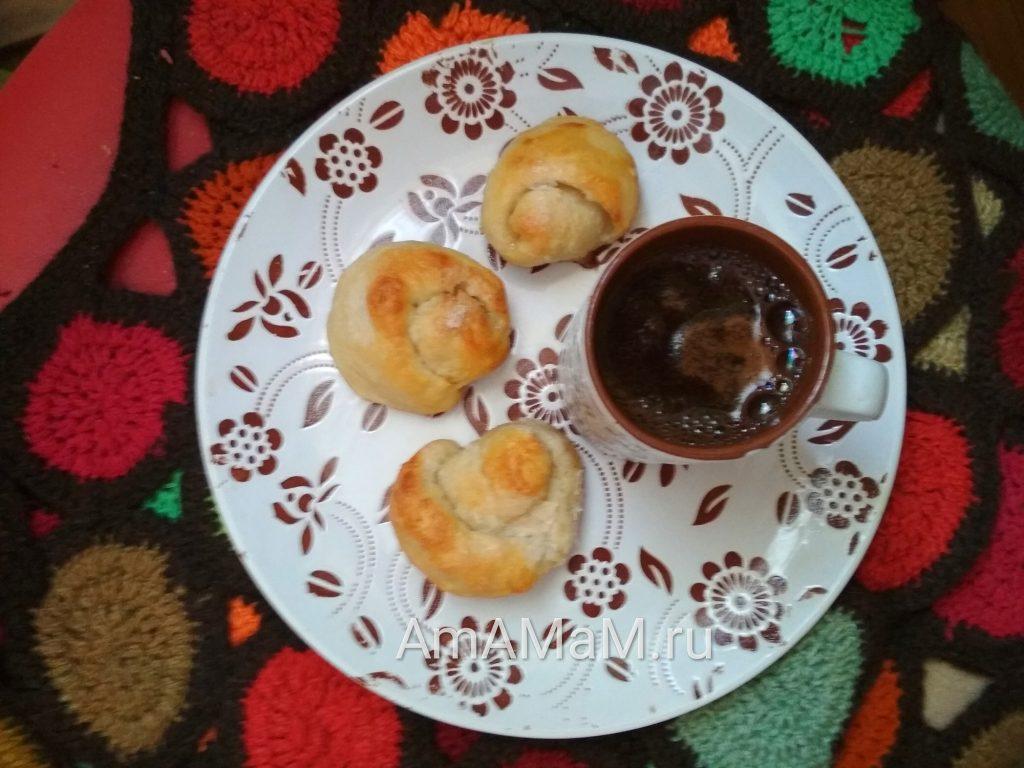 Плюшки - розочки - домашнее печенье из дрожжевого теста