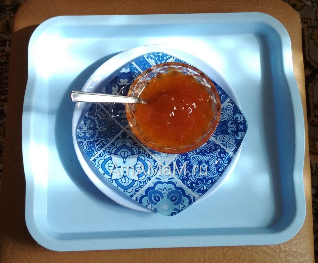 Варенье из абрикосов (пятиминутка)
