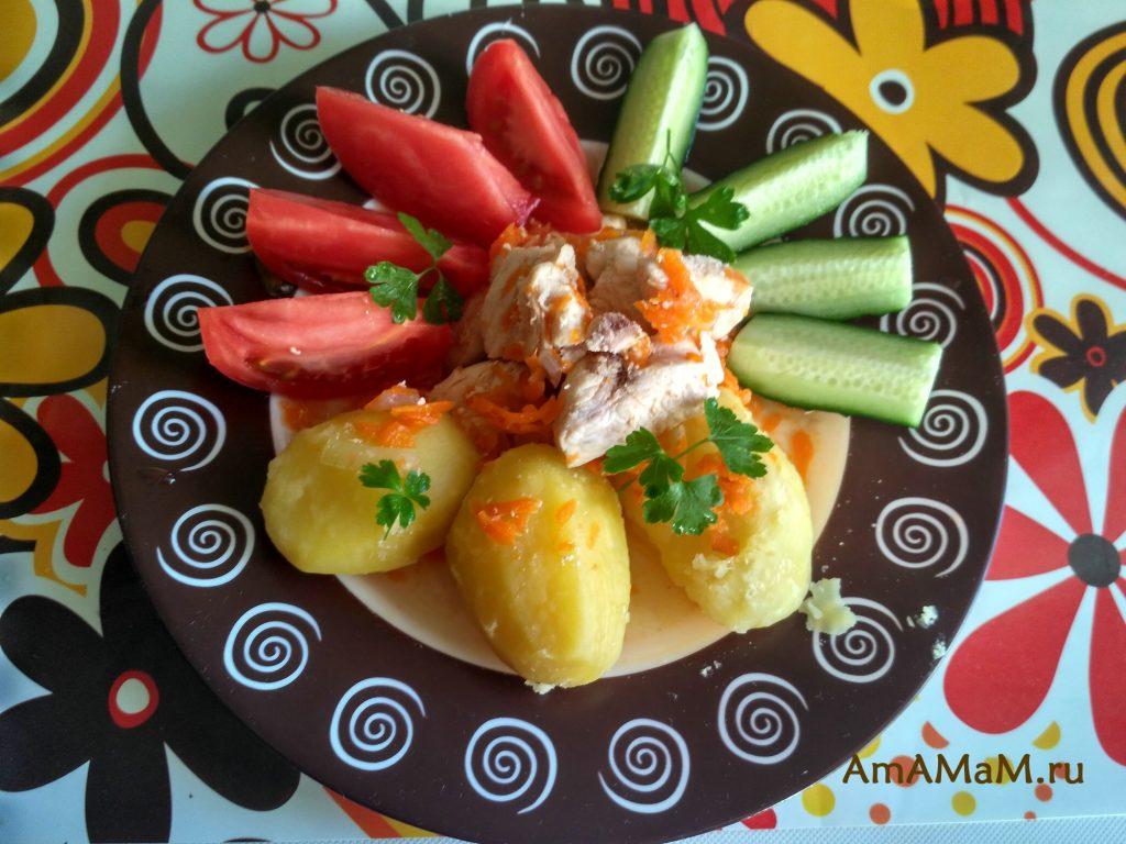 Обед или ужин из куриной грудки и картофеля
