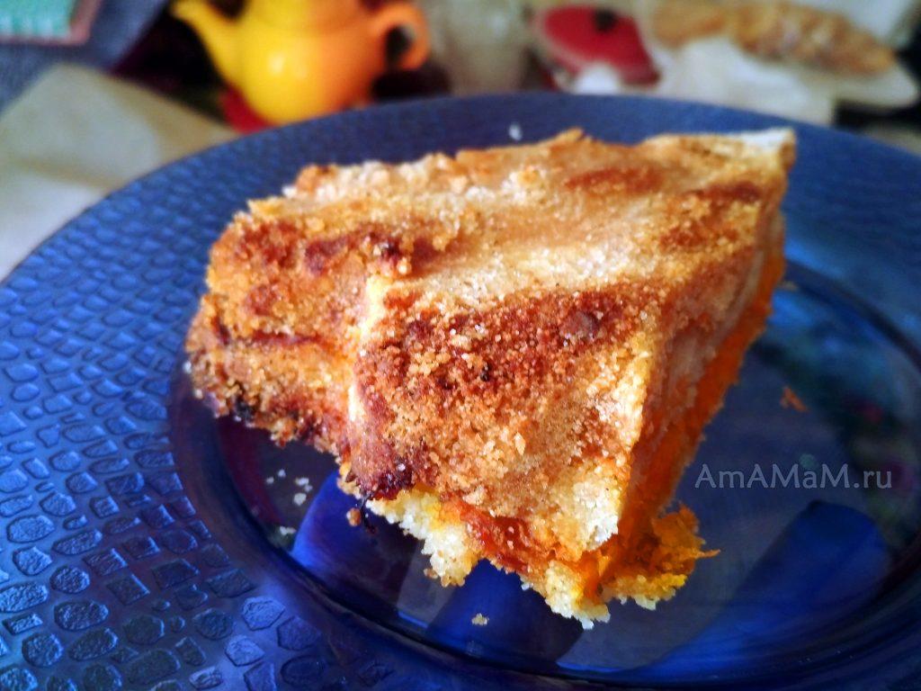 Пирог 3 стакана с морковью и яблоками