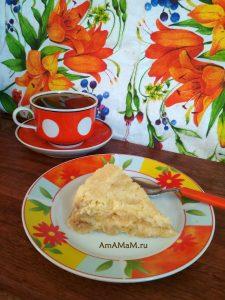 Пирог Три стакана с яблоками и бананами