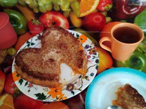 Пирог простой с геркулесом и начинкой из моркови с яблоками