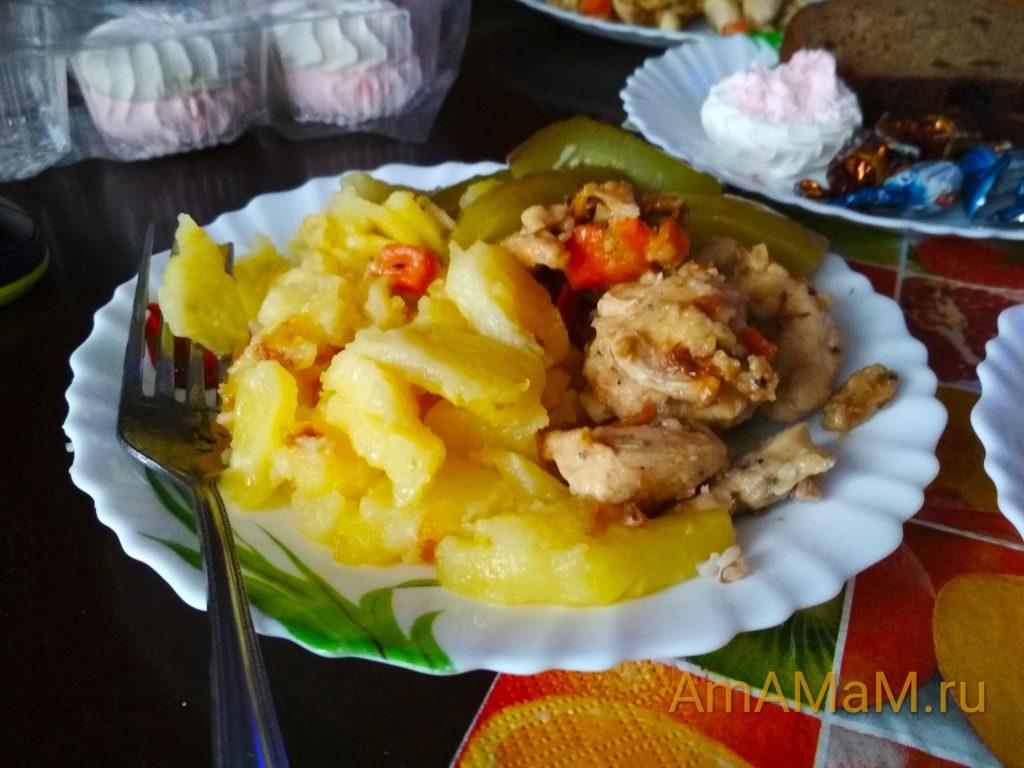Тарелка с обедом