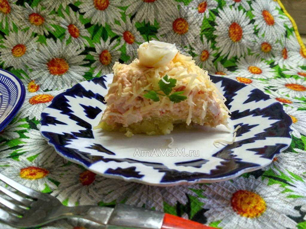 Рецепт салата с икрой мойвы