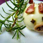 Свинка из яйца