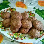 Котлеты из индейки с помидорами (в духовке)