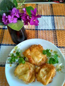 Сыр сулугуни, жареный в кляре