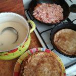 Как делают начинку из фарша и риса - фото