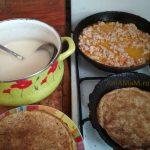 Выпечка блинов и фарширование (мясная начинка из фарш)