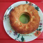 Кекс, испеченный в формочке с дыркой