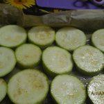 Рецепт закуски из печеных кабачков с сырно-помдиорным салатом