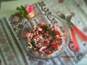 Вкусный фасолевый салат с сыром и помидорами