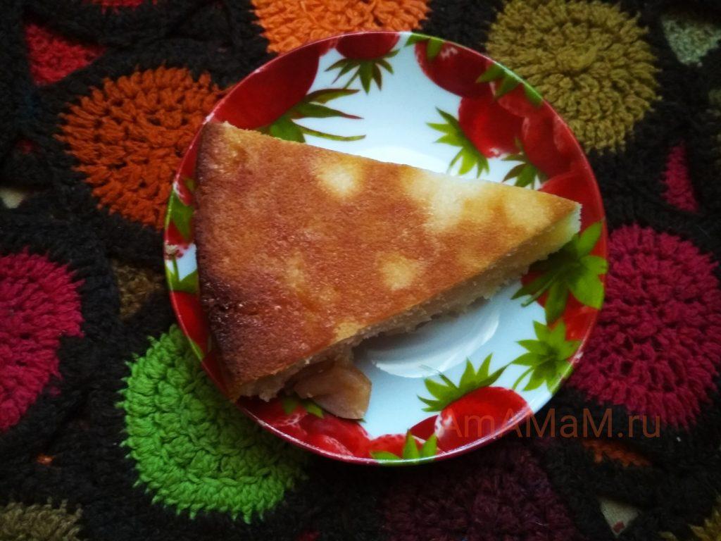 Пирог вкусный яблочный со сметаной