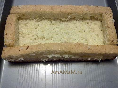 Сборка детского торта в форме губки Боба