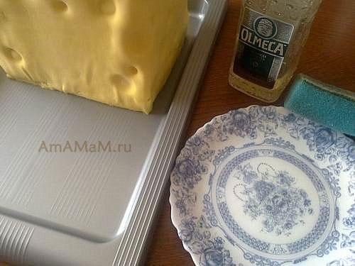 Оборачивание торта мастикой из маршмэллоу - торт Губка Боб