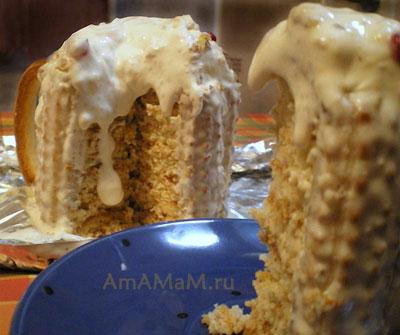 Торт в форме пивной кружки в разрезе