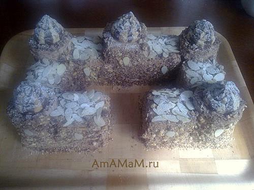 Шоколадный торт из печенья в форме замка
