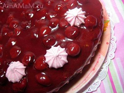 Очень вкусный вишневый торт - бисквитный, с легким не очень сладким кремом