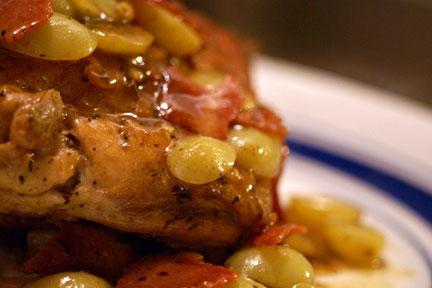Как готовить курицу с виноградом - вкусный и простой рецепт