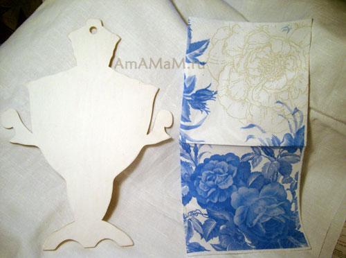 Как украсить разделочную доску салфетками - техника декупаж