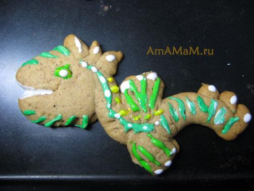 Фигурка дракона - пряник, сделанный своими руками - рецепт с фото