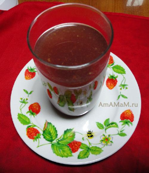 Как варить вкусный ягодный кисель из щемляники - полевой клубники