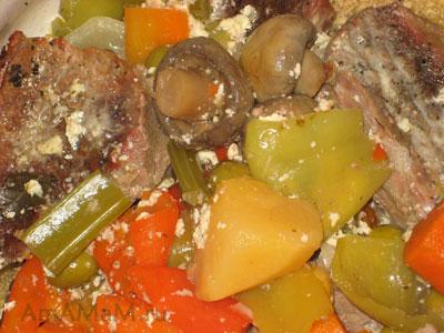 Бланкет де Во - тушеная говядина с оливками, шампиньонами и овощами