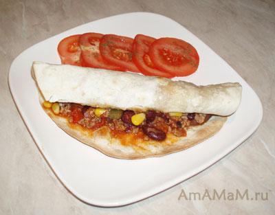 Мексиканское блюдо Чили кон карне в лепешке Тортилья -фото и рецепт