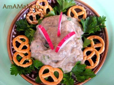 Вкусный салат из печеных баклажанов по-гречески