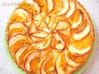 бисквитный пирог из минимума продуктов с апельсином и яблоком