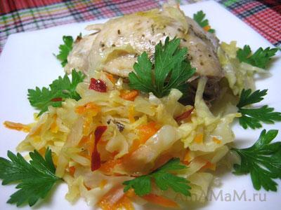 Вкусная тушеная капуста с курицей (в духовке)