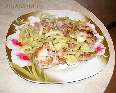 Жареные куриные бедрышки с фенхелем