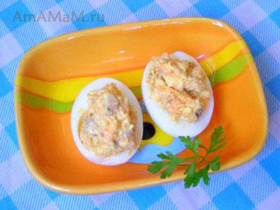 Фаршированные яйца с начинкой из селедки