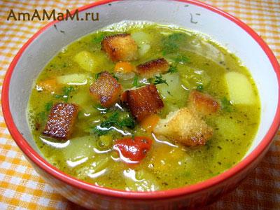 Вкусный гороховый суп с чесночными гренками