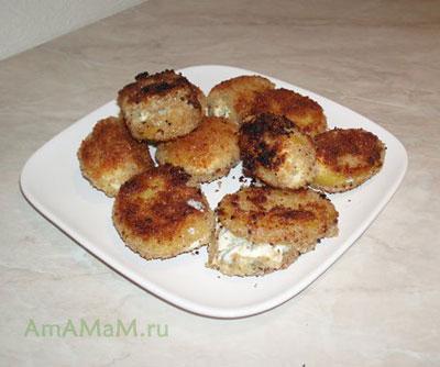 Очень вкусная закуска из картофеля с голубым сыром с плесенью
