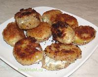 Картофельно-сырные котлетки - закуска из картошки и сыра с плесенью