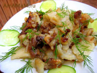 жареная картошка с бараньей грудинкой