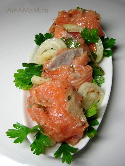 Малосольная красная рыба домашнего посола - рецепт кеты в банке