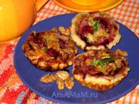 Корзиночки из слоеного теста с вишневой мачинкой, манкой и сыром