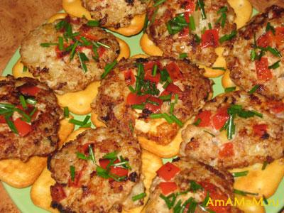 Оладьи куриные с паприкой - рецепт и фото