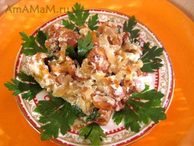 грибное блюдо с лисичками