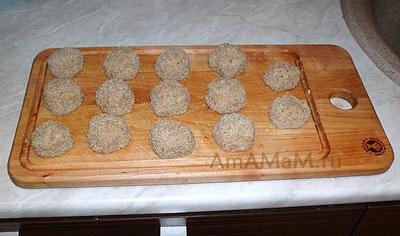 Готовим тефтельки из фарша для макарон с соусом болоньезе