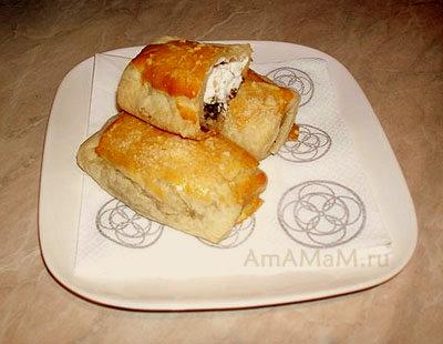 Очень вкусная соленая выпечка: слоеные пирожки с козьим сыром и зеленью!