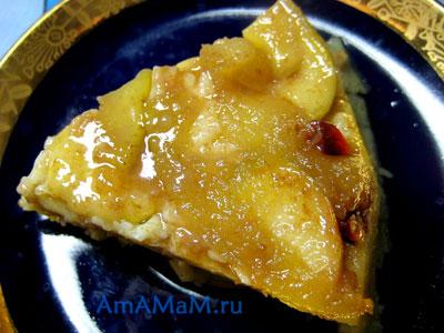 Кусочек бананово-яблочного десерта и рецепт приготовления