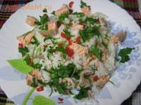 Острый рис с красной рыбой без соли с перцеп чили, лимоном и петрушкой